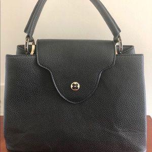 😁 Fake Louis Vuitton hand bag (NOT REAL)